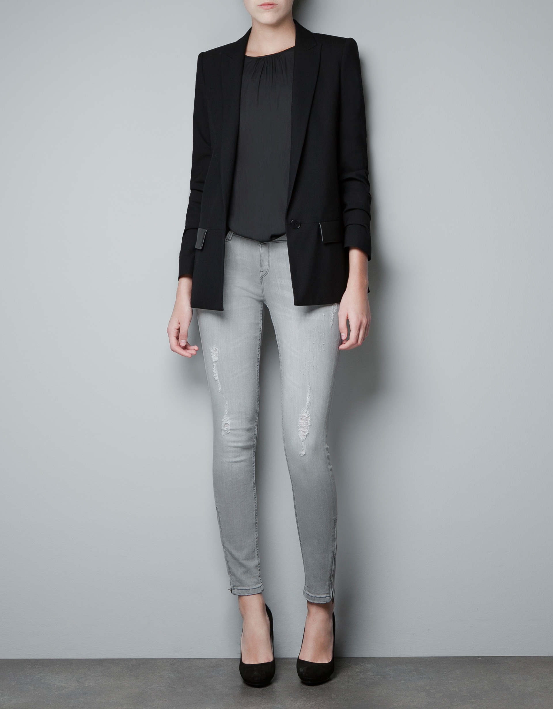 zara-black-blazer-with-faux-leather-pocket-flaps_thecolorharmony